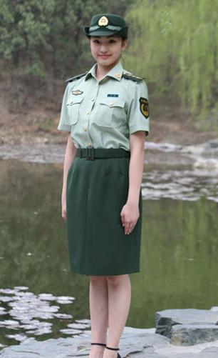 07式武警女警官短袖夏常服-甘肃省武警部队 今日起将统一换着07式新图片